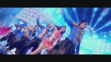 Happy New Year - World Dance Medley  Deepika Padukone, Shahrukh Khan
