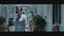 400 Days (2015) Fragman