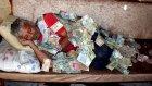 Parayla Yatıp Kalkan İnşaat İşçisi