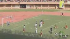 M'Bia attı Kamerun farka koştu