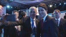 Kanada Başbakanı ile Selfie Çekmek (Antalya)