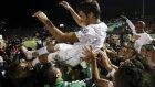 Raul Gonzalez futbola şampiyonlukla veda etti