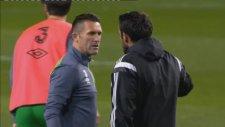 Robbie Keane ateş püskürdü!