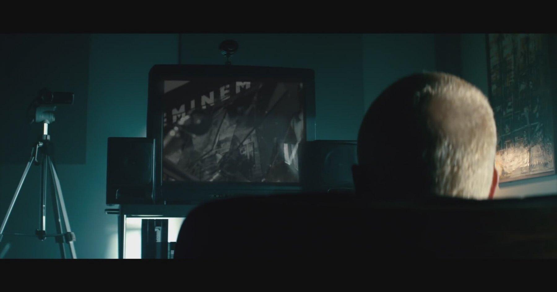 Eminem - The Monster Dinle
