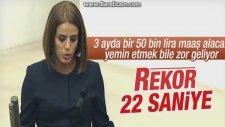 Hdp'li Ayşe Acar'ın 22 Saniyede Yemin Etmesi