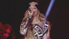Beyoncé Ft. Nicki Minaj - Flawless (Live - On The Run Tour)