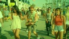 Danny Saucedo - Todo El Mundo (Dancing In The Streets)