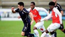 Dinamo Zagrebli genç Arsenal defansını ipe dizdi