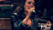 Ziynet Sali - Killing Me Softly (JoyTurk Akustik)