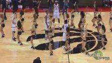 LeBron James'ten ponpon kızlara izin yok