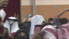 Erdoğan'la Aynı Karede Yer Almak İçin Yarışan Katarlılar