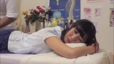 Japanese Upper Body Massage Treatment Without Oil