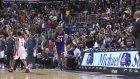 Kobe Bryant taraftarları coşturdu