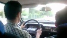 Araba Sürmeyi Öğrenirken Kaza Yapmak