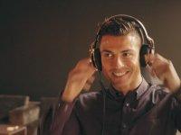 Ritm Tutarak Jingle Bells Müziği Yapan Cristiano Ronaldo