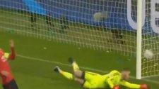 Naldo'nun Manchester United'a attığı gol