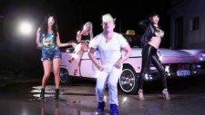 Osmani Garcia feat. Pitbull & Sensato - El Taxi