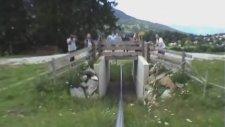 Alp Dağları'ndan Fren Yapmadan Monorail Coaster İle İnmek