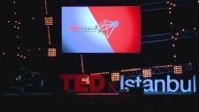 TEDxIstanbul, Karsu - Bırak Beni Böyle