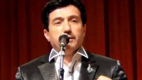 Mehmet Şafak-Yüzünde Güller Açmış Gözlerinde Duygular (Uşşak)r.g.