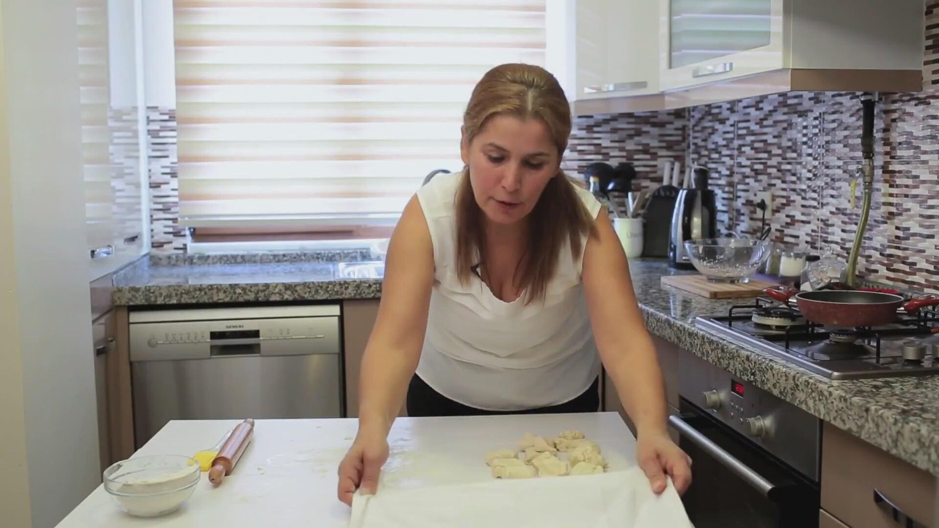 Boşnak Böreği Nasıl Yapılır Videosu
