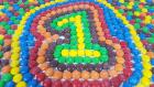 Play-Doh Oyun Hamuru ve Renkli Çikolata Şekerlerle İngilizce Sayıları 1'den 10'a Kadar Öğrenelim