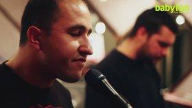 Farazi & Kayra - Bir Eve Hangi Gün Gidilmez (Live at Babylon Studio)