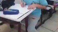 Öğrencilerini Trolleyen Öğretmen