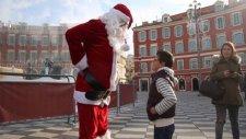 Noel Baba herkesi şok etti
