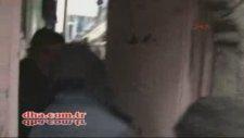 Diyarbakır Sur'da eve roket isabet etti