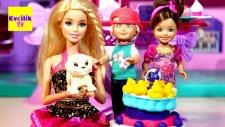 Barbie ve Ailesi Doğum Günü   EvcilikTV Evcilik Oyunları