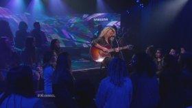 Tori Kelly - Funny (Canlı Performans)