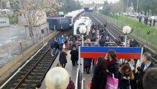 İzmir'de Metro Kazası Çok Sayıda Yaralı Var