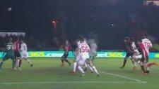 Holmes'in Liverpool'a kornerden attığı gol