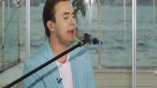 Mustafa Ceceli - Gel Gör Beni Aşk Neyledi (Canlı Performans) Şeffaf Oda