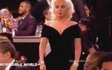 Lady Gaga'nın Leonardo Di Caprio'nun Sandalyesini İttirmesi