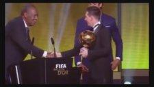 Messi'nin 5. Kez Ballon d'Or Ödülünü Alması