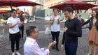 Hayatının Aşkına FlashMob ile Evlilik Teklifi Yapan Adam