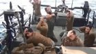 İran ABD Askerlerini Böyle Gözaltına Aldı