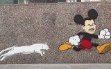 İ. Mickey Gökçek  Küf
