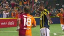 Galatasaray Veteran Takımı 3 - 5 Fenerbahçe Veteran Takımı (Gol Ayhan Akman)