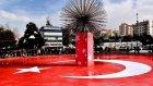 Teröre Karşı En Güzel Tepki Süs Havuzuna Türk Bayrağı