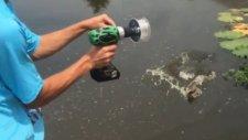 İnanılmaz Balık Avı Matkapla 6 Saniyede Balık Avlamak