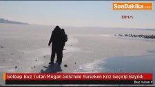 Gölbaşı Buz Tutan Mogan Gölü'nde Yürürken Kriz Geçirip Bayıldı