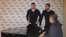 Burak Yılmaz ve Mehmet Topal'ın Fani Dünya Şarkı Performansı