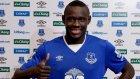 Everton'a transfer olan Niasse kulüp tarihine geçti