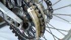 iPhone 6s'i Motosiklet Zincirine Sıkıştırma Testi
