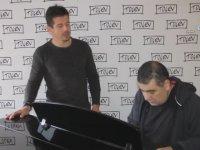 Emre Belözoğlu'nun Dido Performansı