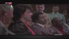 Rocky'nin Seslendiricisi Sezai Aydın'a Teşekkür Etmesi