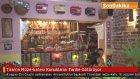 """Tiran'ın """"Müze-kafesi"""" Konuklarını Tarihe Götürüyor"""